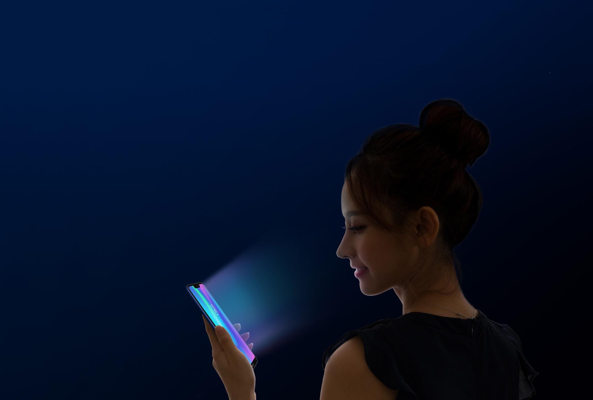 Смартфон Honor 8C 4/32GB Фиолетовый (BKK-AL10)